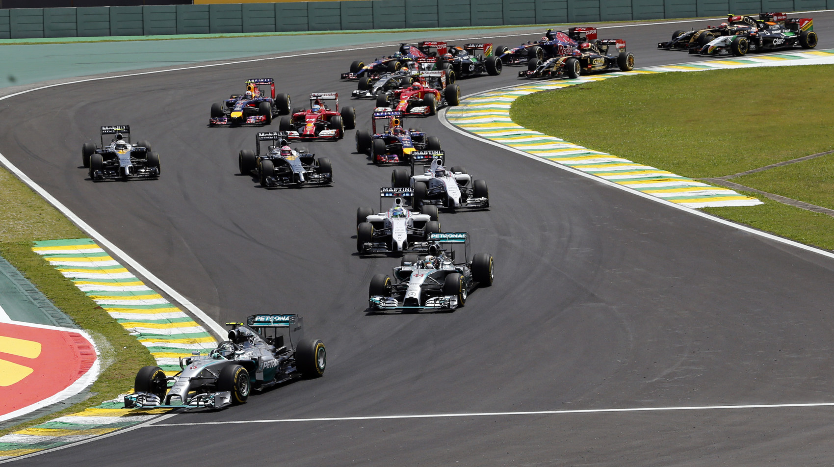 Prišlo Rosbergovo víťazstvo neskoro?