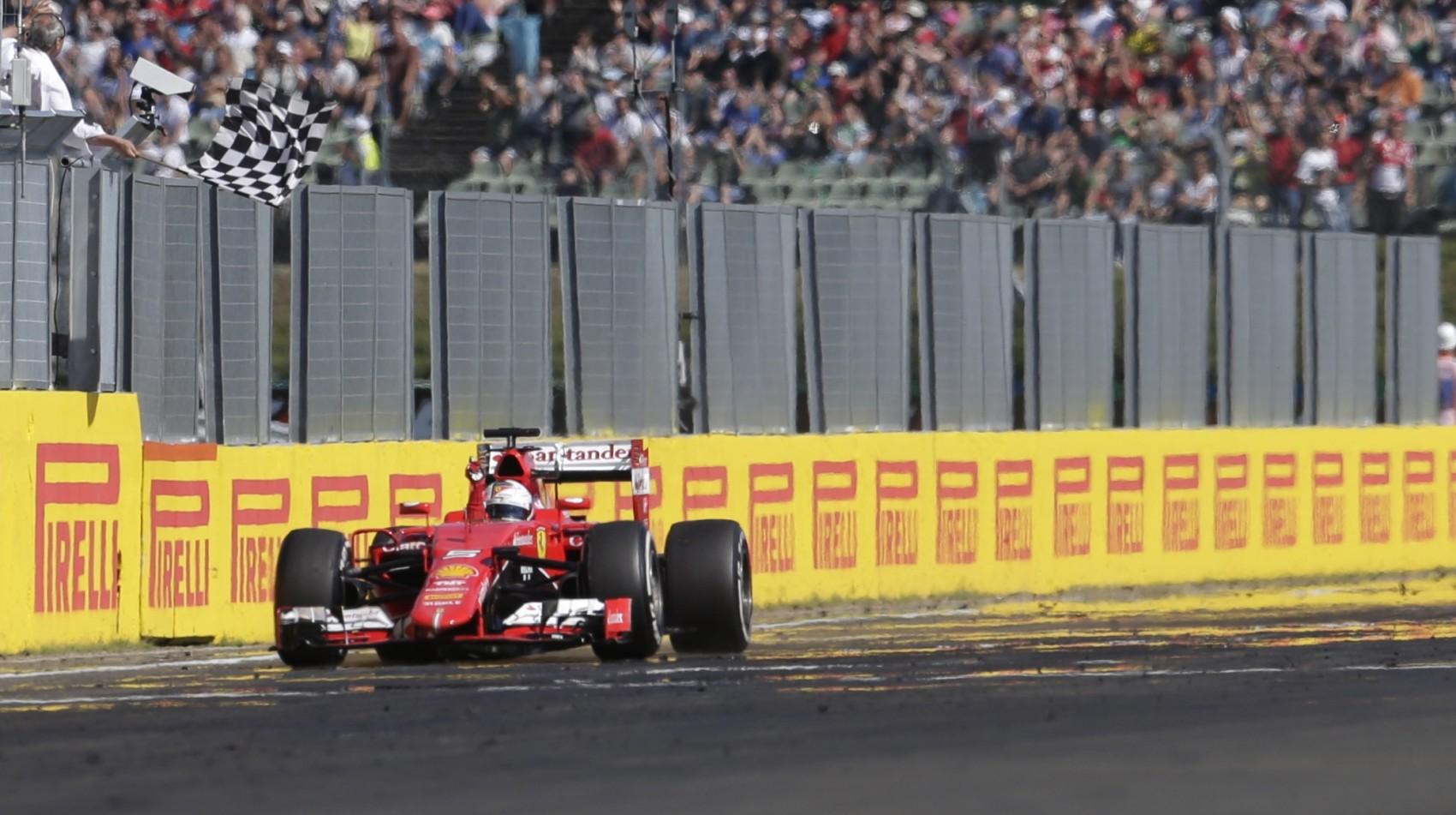 Ako Mercedes spravil nedeľné preteky