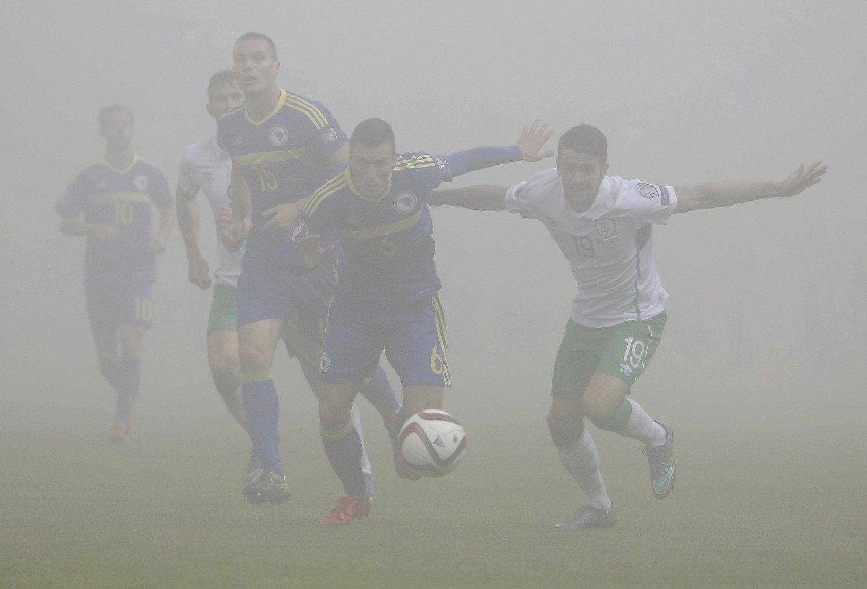 ÍRSKO – BOSNA … Kvalifikácia EURO 2016