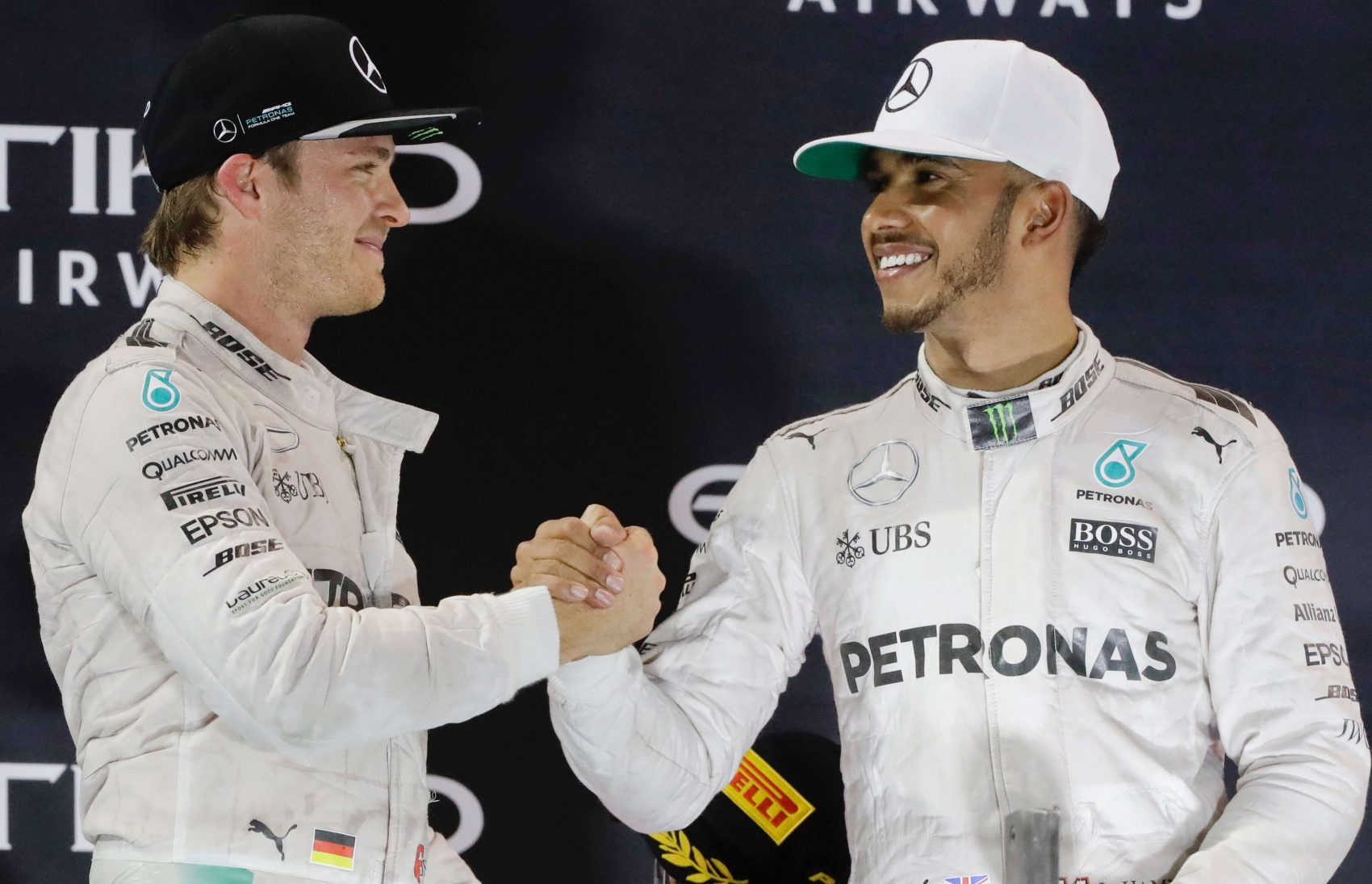 Hamilton neprehral titul v Malajzii