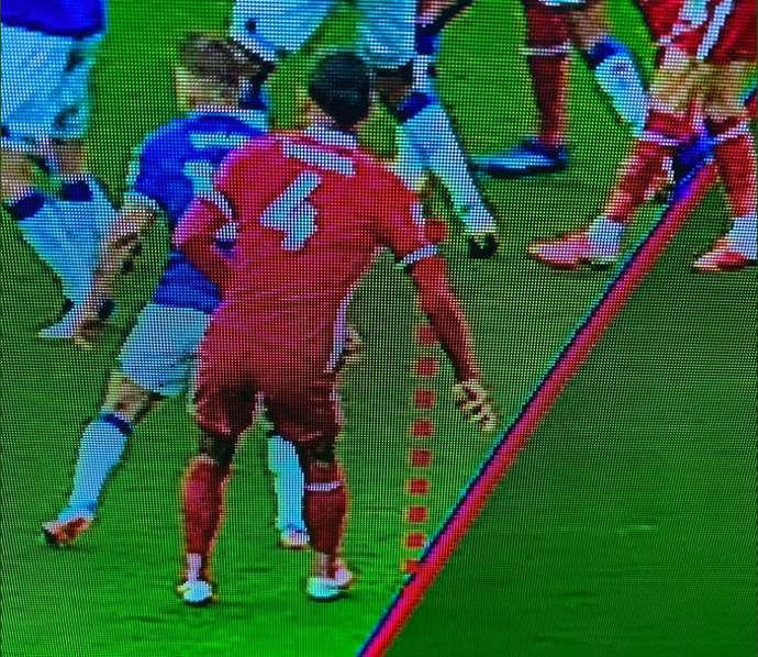 Virgil van Dijk offside proti Evertonu