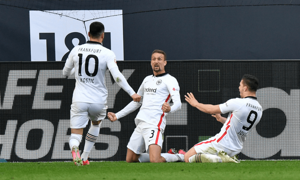 Gól Frankfurt v zápase proti Borussii Dortmund
