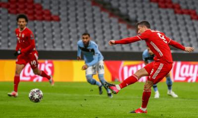 Lewandowski v zápase Ligy majstrov Bayern - Lazio