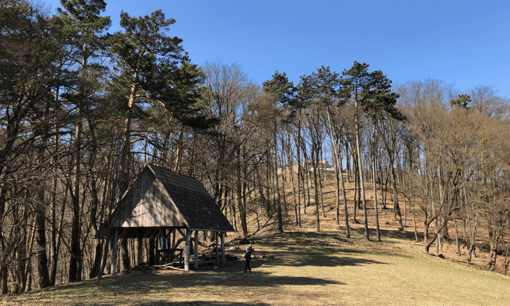 Spoznávame krásy okolia: Obišovský hrad