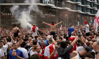 Anglickí fanúšikovia na Wembley - EURO 2020